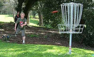 Company sports day games hire - Disc Golf.